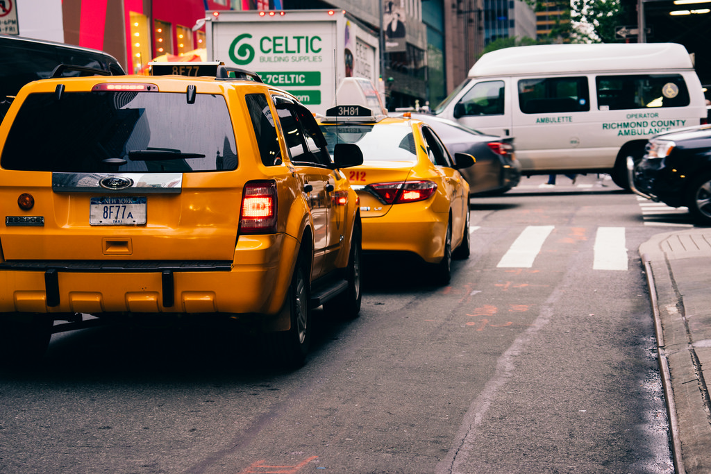 How Detroit Airport Cabs Service Ease The Stress Of Passengers