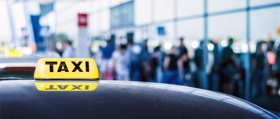Money Saving Tips While Booking Airport Taxi Service in Detroit City